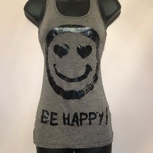 ⭐️⭐️5 for $8⭐️⭐️ Be happy tank
